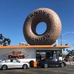 LAで一番人気のドーナツといえばRandy's Donuts!